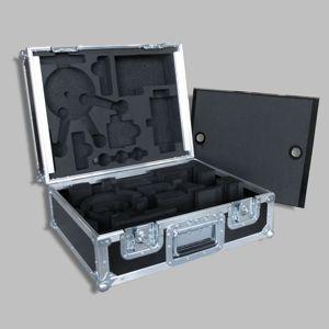 Koffer mit Polster - im Alu-Koffer