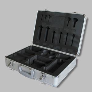 Koffer mit Polster - Alu-Case